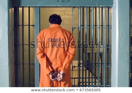 החייל בכלא צבאי